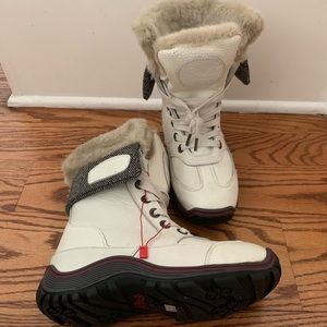 Never Worn Leather White Snow Boots